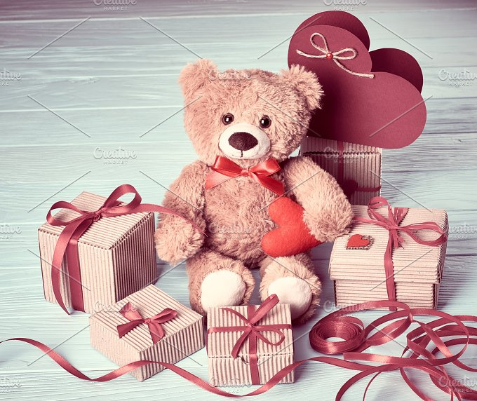 Love Gifts boxesc13.jpg - Arts & Entertainment