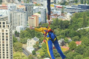 Bungee jumper in Auckland