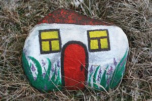 Decorative painted stone