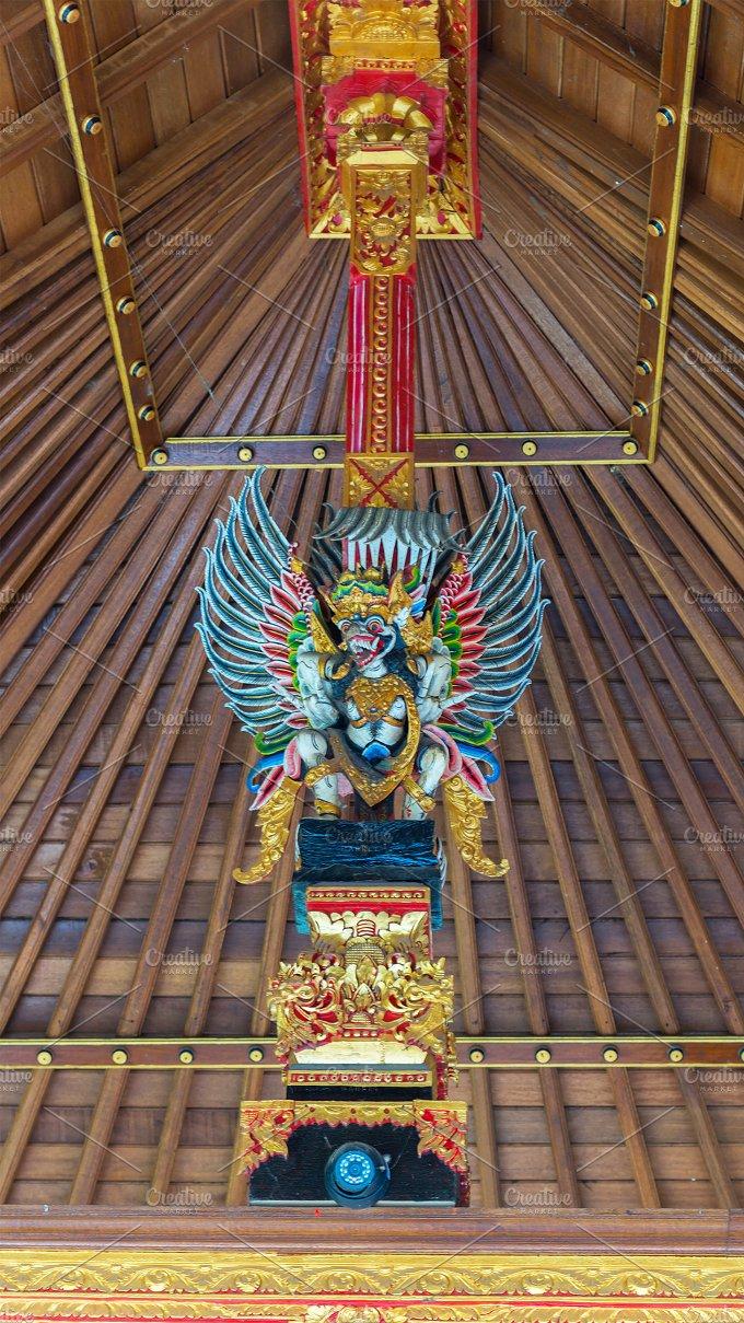 Bird Garuda in interior Balinese's temple.jpg - Photos