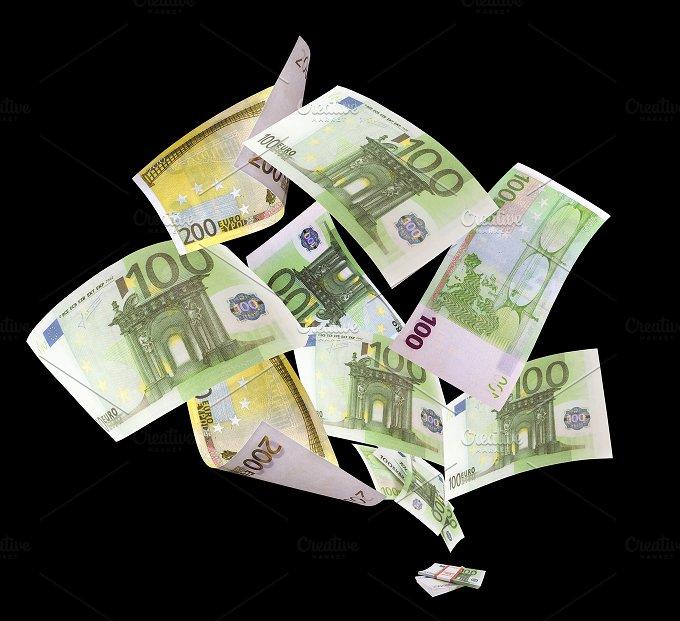 Falling euros on black background.jpg - Photos