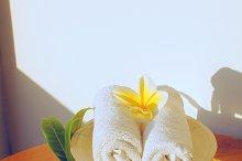 White towels and flowers frangipani.jpg