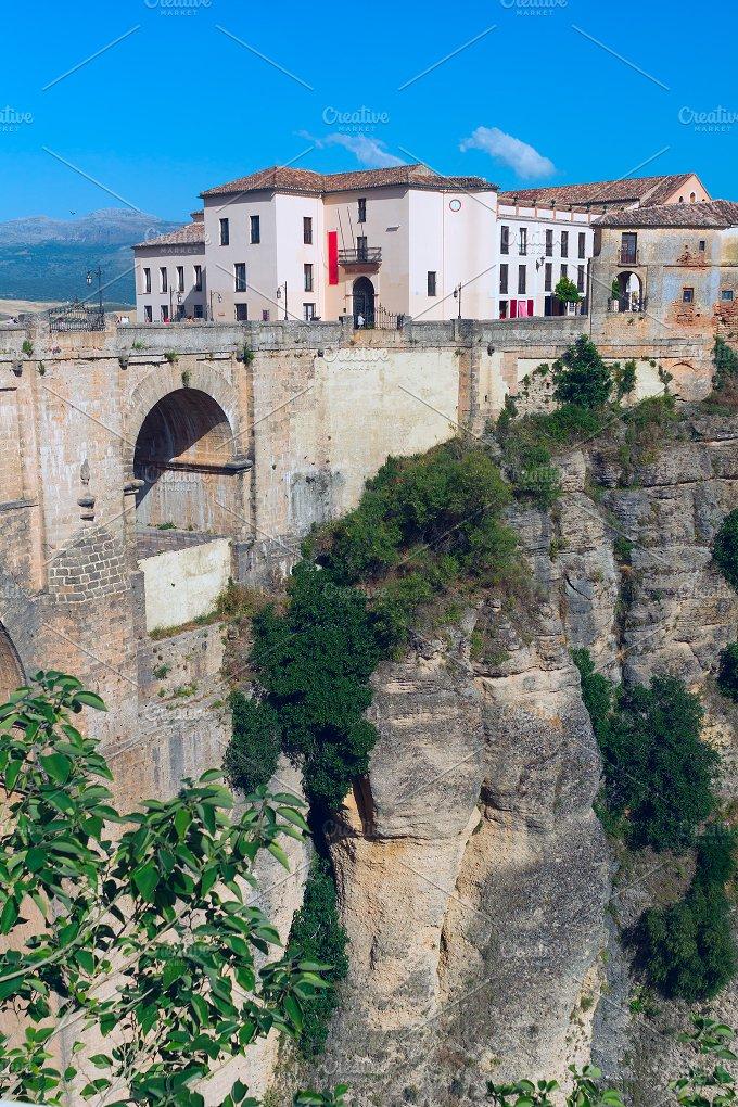 Landscape of Spanish city Ronda.jpg - Nature