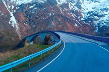 Bridge on Norwegian road in the mountains.jpg