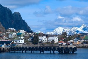 Pier of town Svolvaer on Lofoten islands in sunny day.jpg