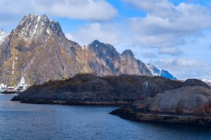 Norwegian town Svolvaer on Lofoten.jpg