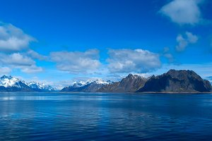 Seascape of Lofoten Islands in Norway.jpg