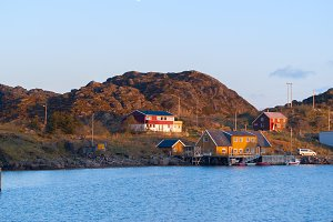 Fishermen houses on the banks of the Norwegian island Skrova.jpg