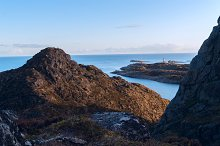 Top of the mountain on the island Skrova on Lofoten.jpg