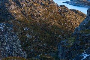 Top of mountain on island Skrova on the Lofoten.jpg