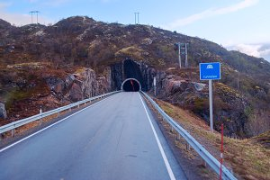 Tunnel on the norwegian mountain road (3).jpg