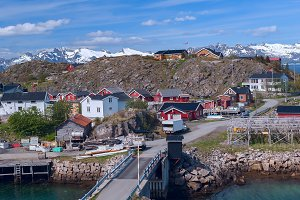Norwegian village on the island Skrova.jpg