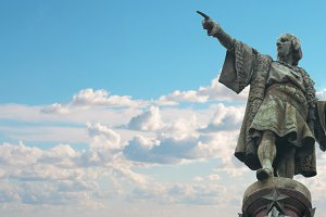Barcelona Cristobal Colon statue.jpg