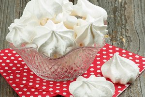 White Meringue Cookies