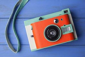 Retro orange camera + strap
