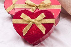 background valentine gifts