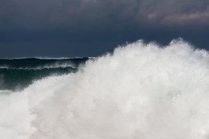 Stormy waves in the ocean