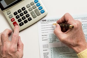 Completing 1040 IRS tax return