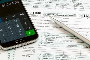 Completing form 1040 for IRS
