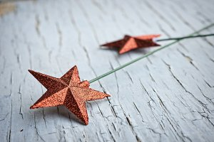 red star decorations