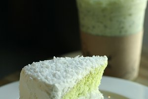Pandan cake matcha green tea drink