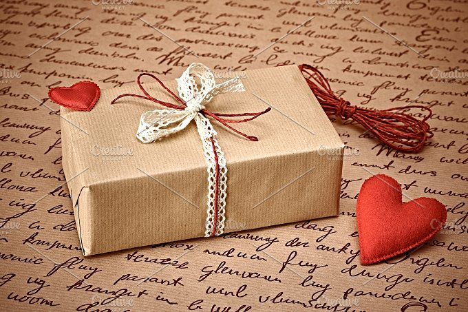 Gift boxes love 5.jpg - Arts & Entertainment
