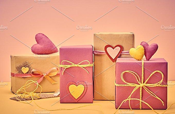 Gift boxes love 13.jpg - Arts & Entertainment