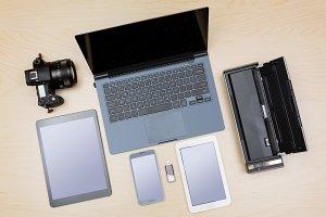 Responsive design worktop desk