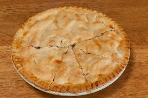 Freshly baked mom's apple pie