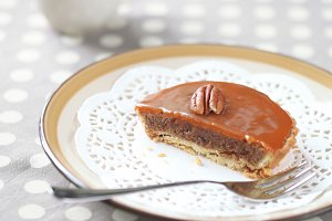 Mini Pecan Pie with Caramel Topping