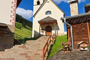 Dolomiti - church in Penia village