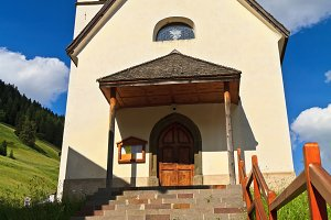 small church in Penia