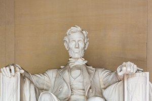 Close up of President Lincoln in DC