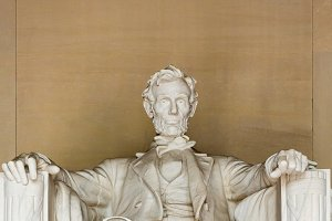 Statue of President Lincoln in DC