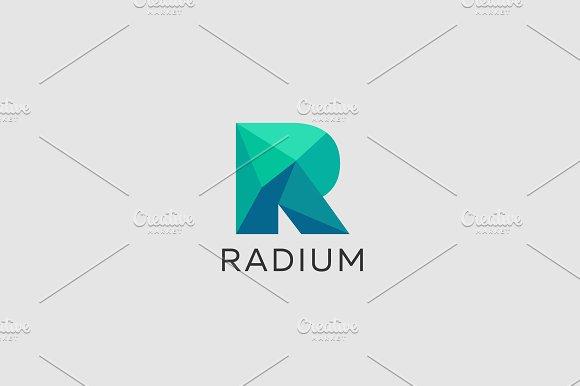 Polygon letter R logo. Colorful font - Logos