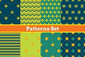 8 Seamless geometrical patterns.