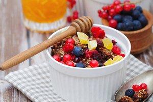 Granola and fresh berries