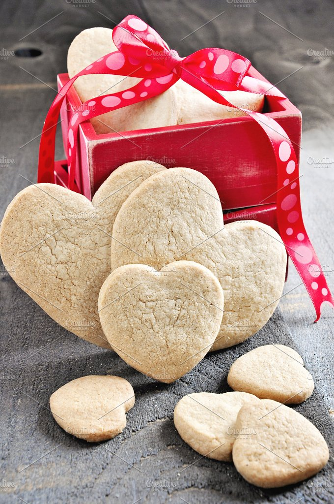 Cookies for St. Valentine's Day - Food & Drink