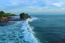 Temple Tanah Lot on south coast of island Bali.jpg