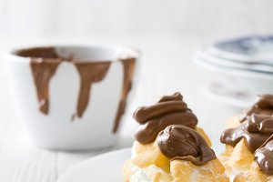 Profiteroles with cream