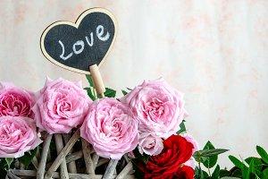 Tarjeta love y rosas
