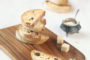 Cardamom Raisin Biscotti