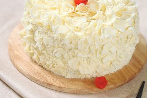 White Chocolate Cherry Cake