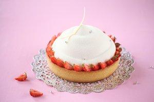 Almond Vanilla Mousse Cake