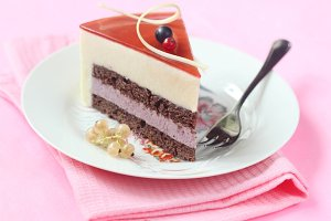 Summer Berry Mousse Cake