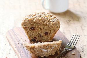 Pine Nut Cherry Big-Muffin