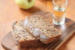 Vegan Apple Walnut Cake