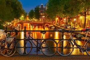 Night Amsterdam canal