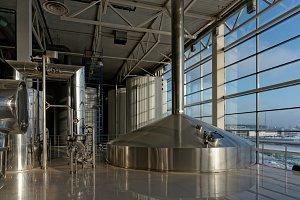 Beer-brewing tanks