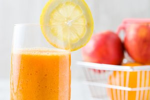 Orange, apple and carrots smoothie